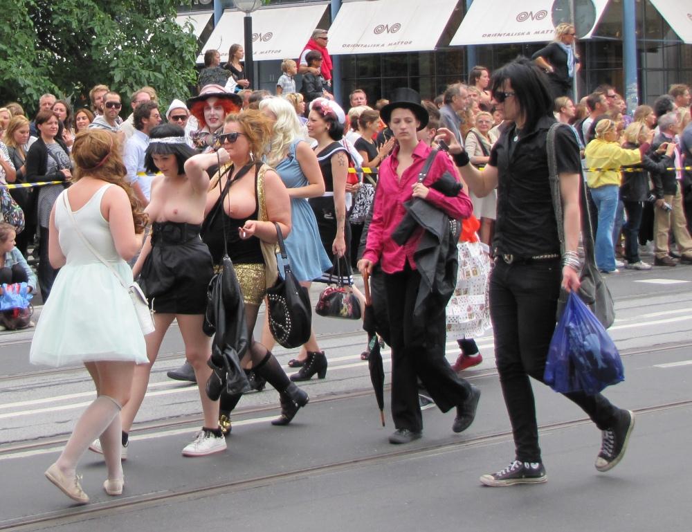 Estocolmo: Meca del Multisexualismo. Editorial de la semana del 26 de julio al 1 de agosto 2010 (1/6)